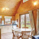 Hengar Lodge kitchen