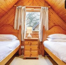 Hengar Lodge twin room