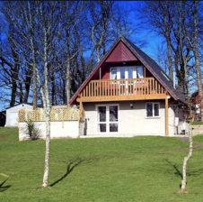 Oak Lodge, Hengar