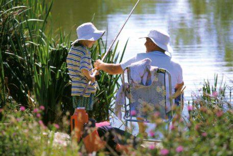 family fishing hengar